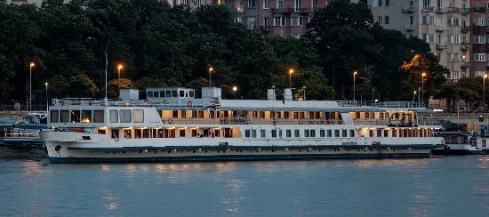 Casino Cruise 694644